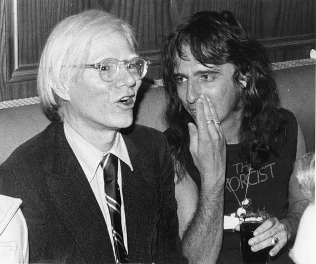 Andy Warhol and Alice Cooper in 1974. Photograph: Courtesy of Bob Gruen