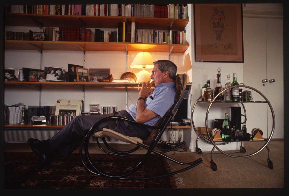 Mario Vargas Llosa.Peruvian writer. The mid 1990s