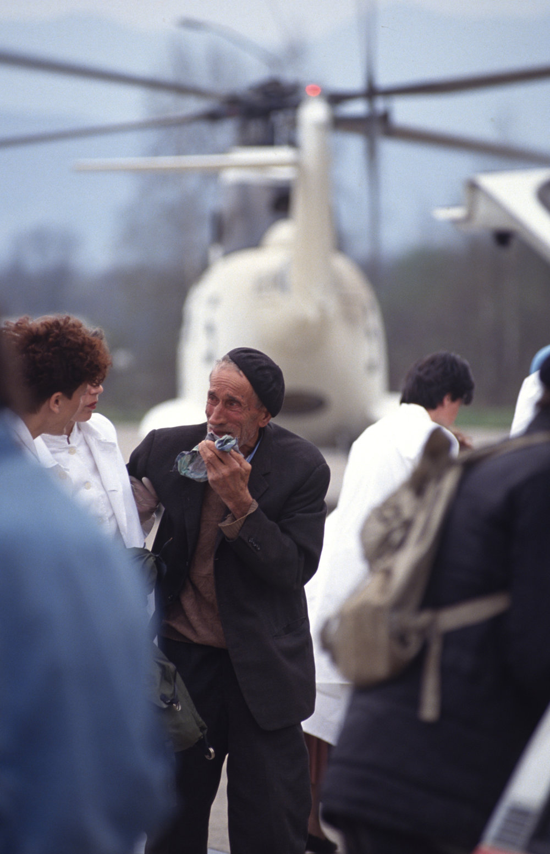 UN medivac. Arrivée from Grazed massacre, 31 miles south-east of Sarajevo under Serbian assault. Sarajevo. 1994