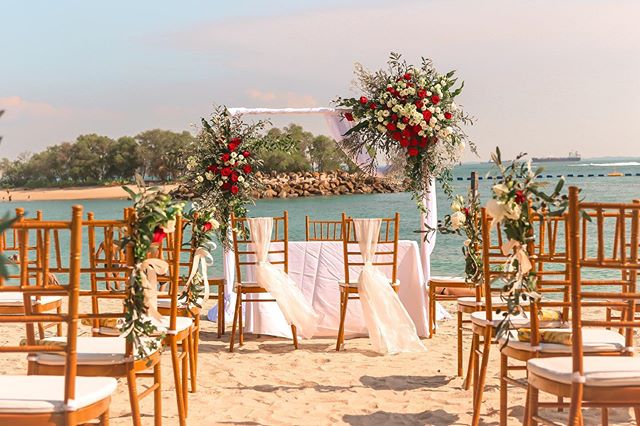 Always excited for beach weddings!! @tanjongbeachclub thanks for having us ☺️