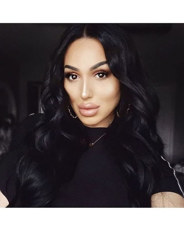 Weekend vibes on @itslademi wearing our #diamondlashes . Click to shop . . . . . . . . . . . . . #lashes #crueltyfree #lasheseverlasting #minklashes #striplashes #lashlove #eyelashes #luxurylashes #beauty #lashesonfleek #lash #falselashes #lashgame #makeup #premiumlashes #eyelash #morganitelashes #minkeyelashes #fauxlashes #lusciouslashes