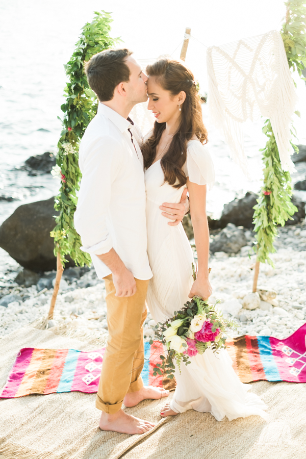 5c DIY Beach Seaside Elopement Editorial -0004503.jpg