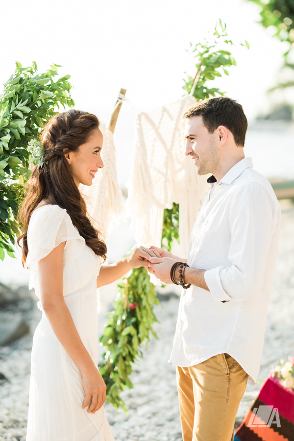 5e DIY Beach Seaside Elopement Editorial -01401.jpg