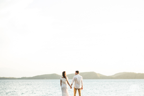 6h DIY Beach Seaside Elopement Editorial -01459.jpg