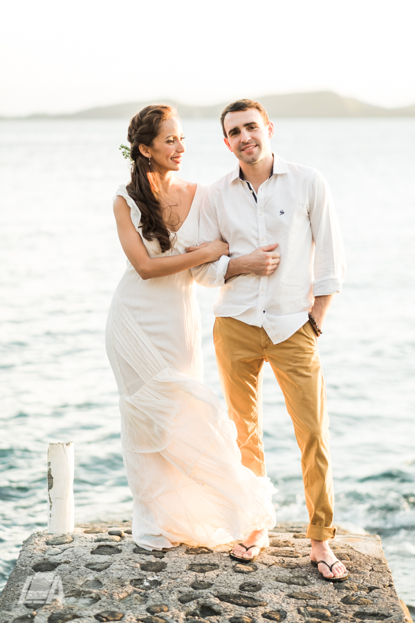 6i DIY Beach Seaside Elopement Editorial -01484.jpg