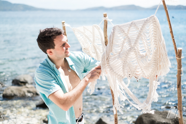 3h DIY Beach Seaside Elopement Editorial -0003937.jpg