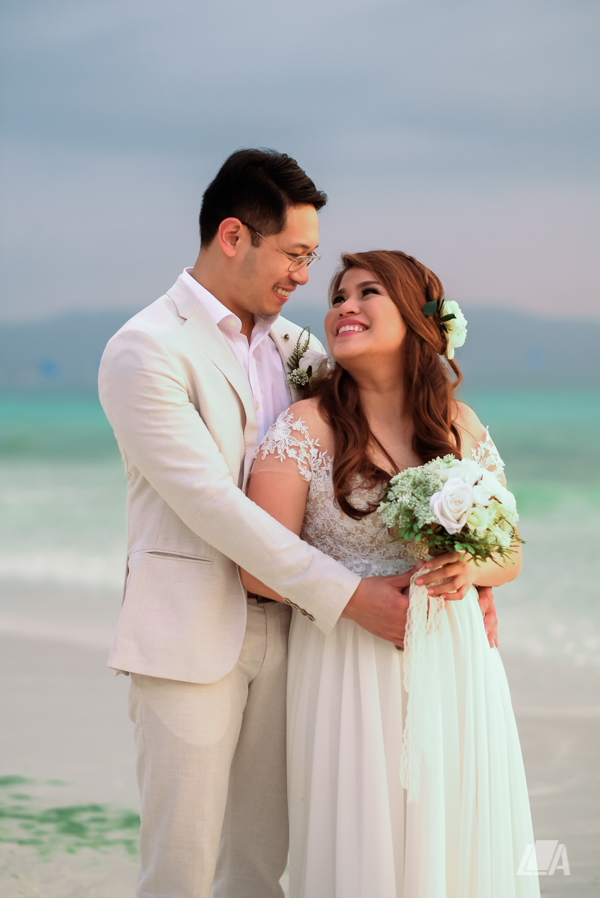 *1a 3 Louie Arcilla Weddings & Lifestyle - Boracay beach wedding-8.jpg