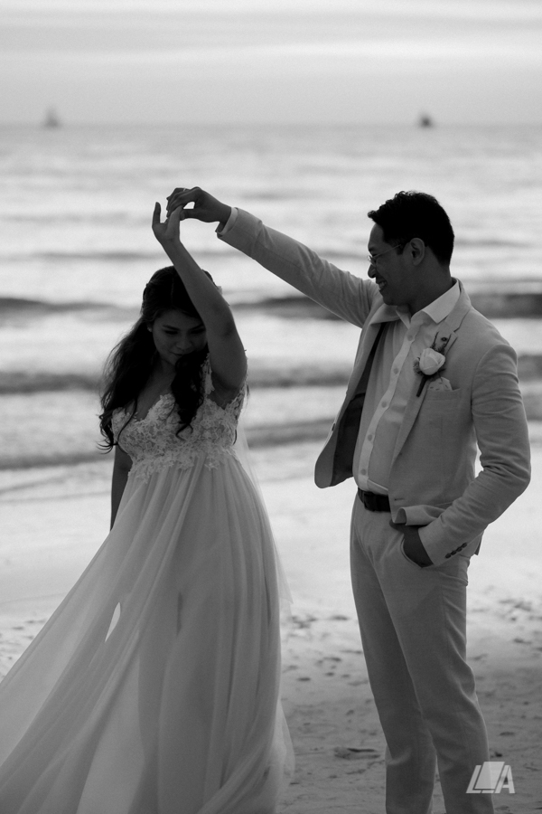 *1b 3 Louie Arcilla Weddings & Lifestyle - Boracay beach wedding-5.jpg