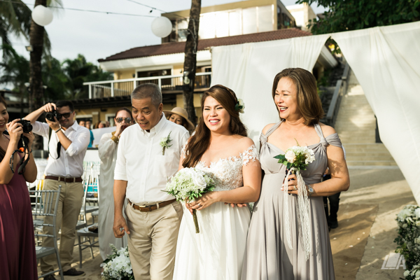 44 2 Louie Arcilla Weddings & Lifestyle - Boracay beach wedding-10.jpg