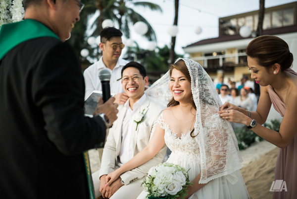49 2 Louie Arcilla Weddings & Lifestyle - Boracay beach wedding-15.jpg