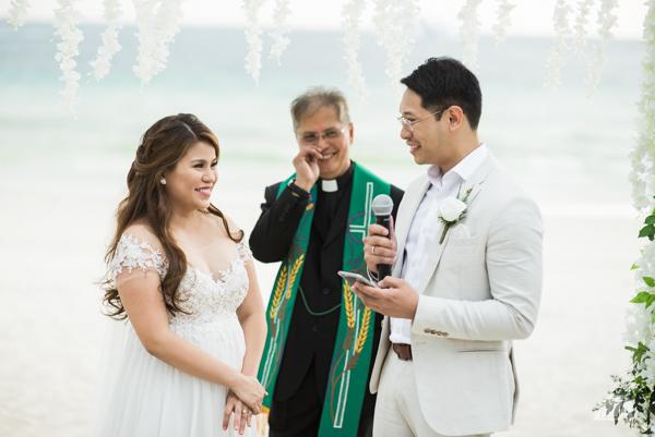 52 2 Louie Arcilla Weddings & Lifestyle - Boracay beach wedding-17.jpg