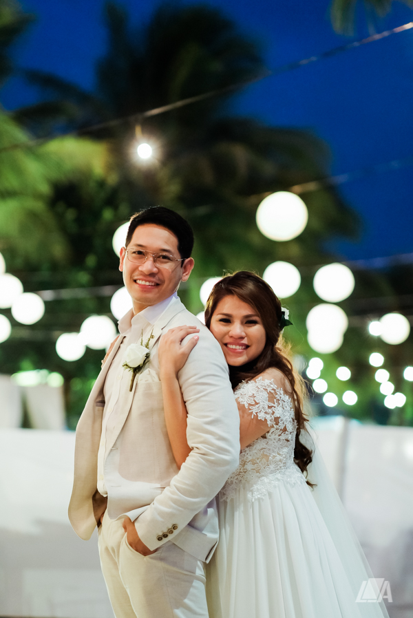 57 3 Louie Arcilla Weddings & Lifestyle - Boracay beach wedding-2.jpg