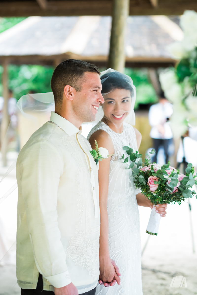 2v 4 Louie Arcilla Weddings & Lifestyle - El Nido Palawan beach wedding-8403.jpg