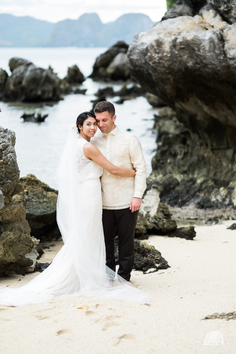 2z 5 Louie Arcilla Weddings & Lifestyle - El Nido Palawan beach wedding-0012.jpg