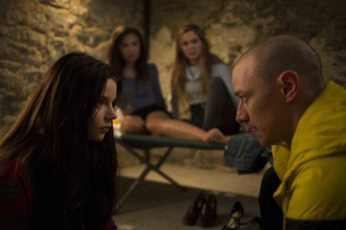 Split (2017) - Amanda and return guests, Marianne and Keith, discuss the latest M. Night Shyamalan thriller, Split. Marianne wants more blood, Keith doesn't think Silence of the Lambs should count as a horror movie, and Amanda thinks the show, Wayward Pines, helped with Shyamalan's comeback.