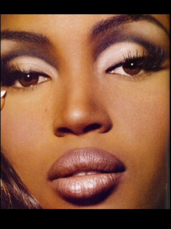 90s Naomi Campbell by Kevyn Aucoin