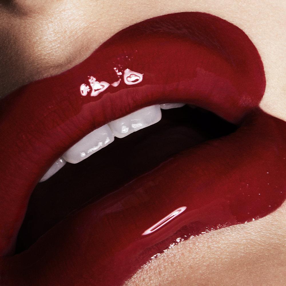 Overdrawn_Lips_01_021.jpg