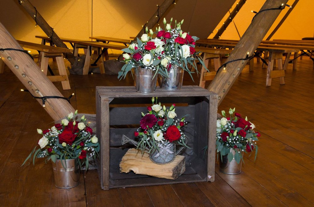 Teepee Wedding Flowers.jpg