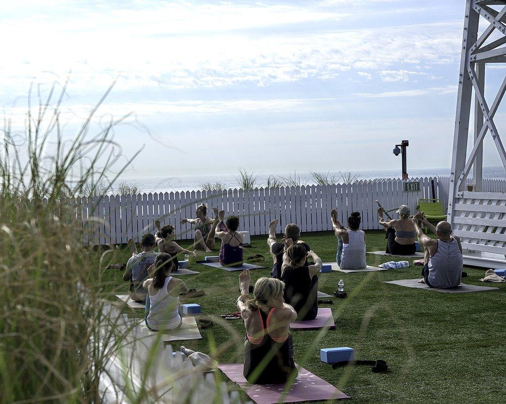 Yoga_Class_lg.jpg