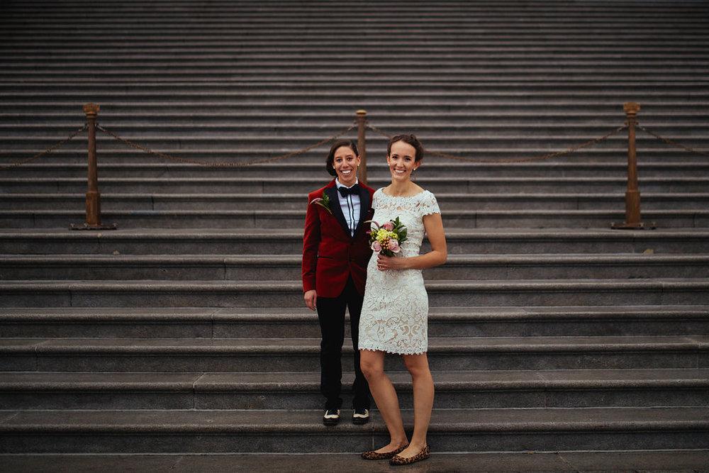 Image Source:  Catalyst Wedding Co.    Bonus: That incredible red velvet blazer!