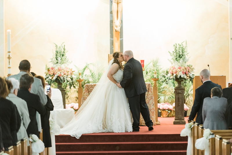 Pittsburgh Wedding Planner Romantic Blush Navy Wheeling West Virginia Wedding at River City Ale Works Sky's the Limit Photography (11).jpg