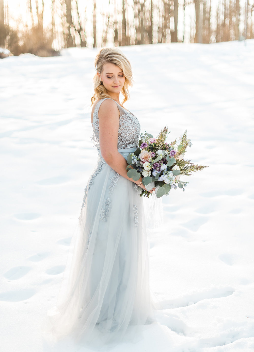 winter-romantic-snowy-pastel-pennsylvania-pittsburgh-wedding-styled-shoot-0014.jpg