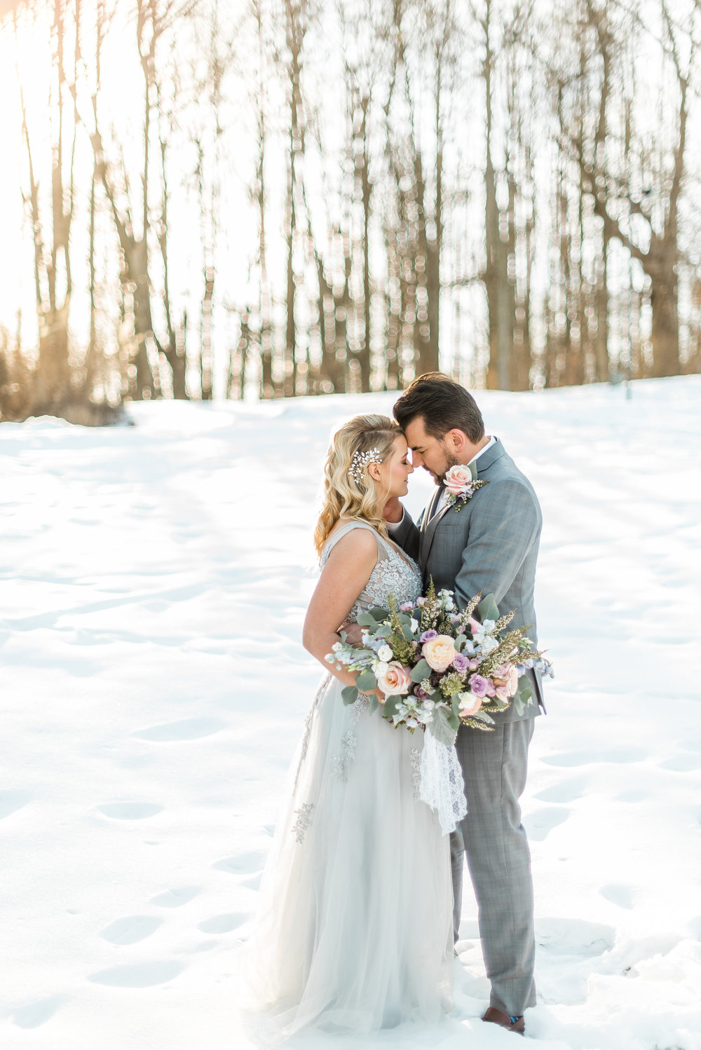 winter-romantic-snowy-pastel-pennsylvania-pittsburgh-wedding-styled-shoot-0017.jpg
