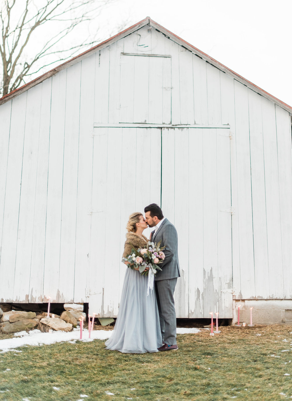 winter-romantic-snowy-pastel-pennsylvania-pittsburgh-wedding-styled-shoot-0029.jpg