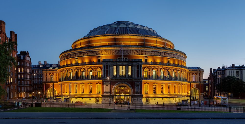 2880px-Royal_Albert_Hall,_London_-_Nov_2012.jpg