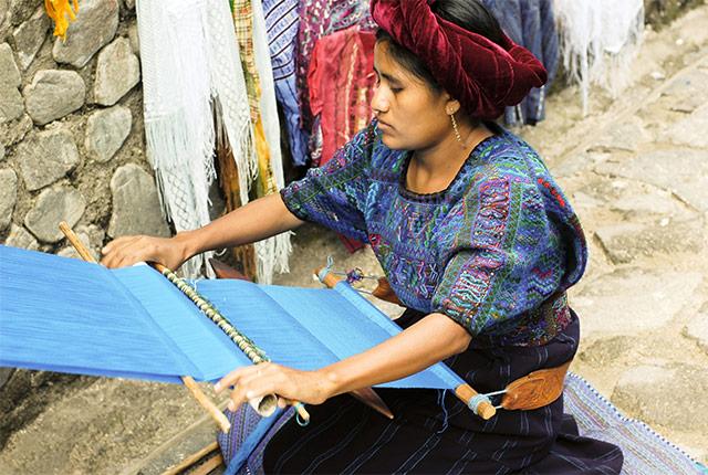 back-strap-weaving-banner.jpg