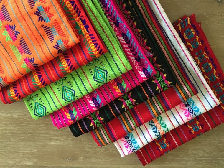 8d27ccd04f683295d3a6b43798a2207c--mexican-textiles-mexican-fabric.jpg