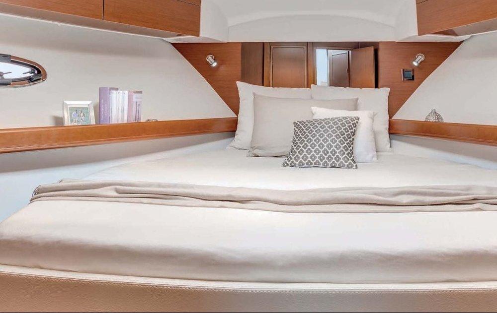 Marine Beds & Bedding