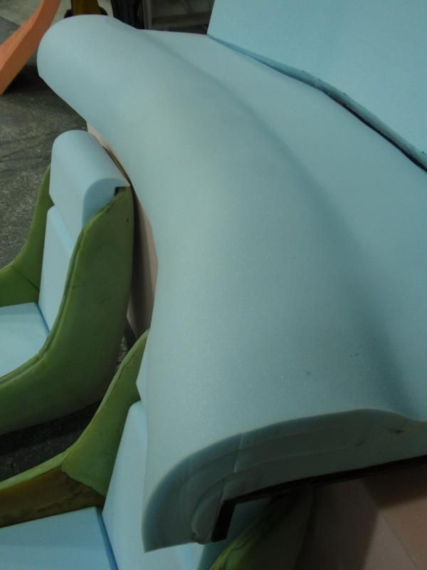 7e5f06e3f12149eaf5e3b645d7518cec--foam-cushions-caravans.jpg