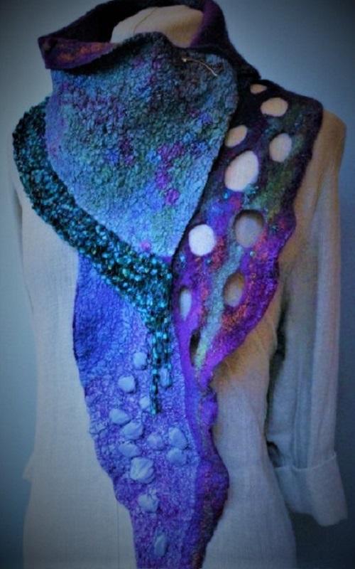 dc07f194ad9525a8ff337ca8f6631a26--cowl-scarf-felted-scarf - Copy.jpg