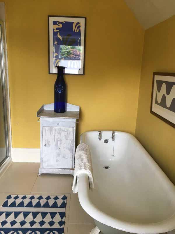 Luxury Bathroom Roll Top Bath