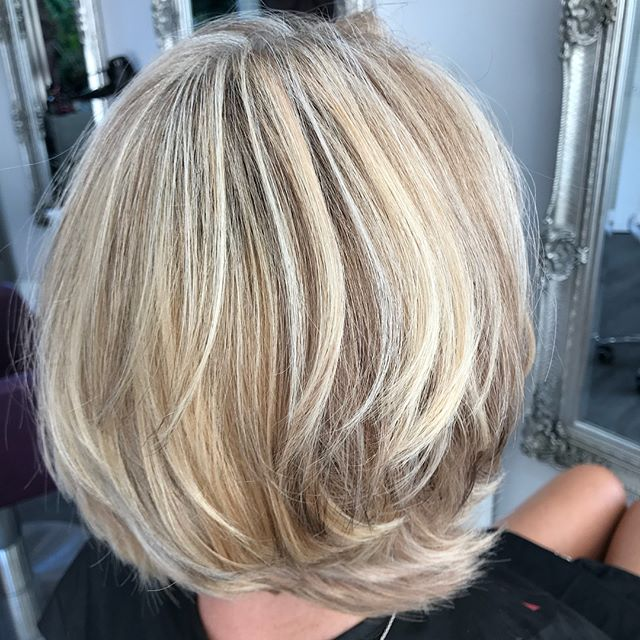 Long tedious one for the lovely Jane, but worth it we hope, little colour correction after a rather brassy woops! #Janet@TheParlour #matrix#highlights#lowlights#GHD#allabouthair