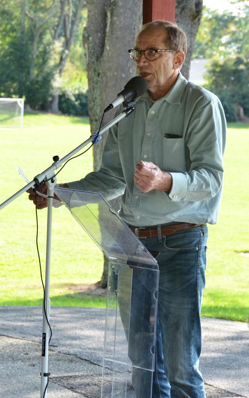 Roger Moss, Community 2000 President
