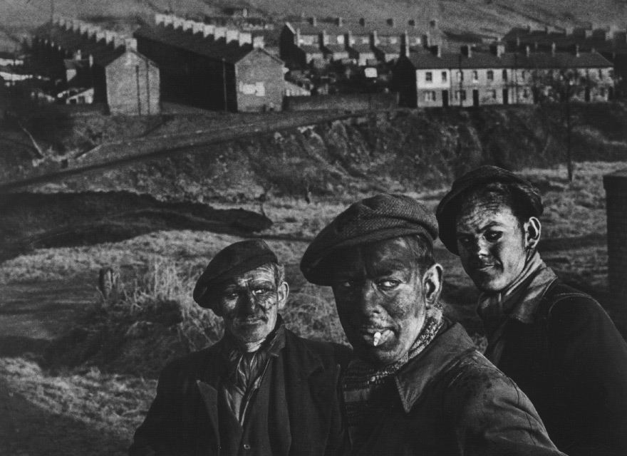 """Smith, """"Welsh Minors, Wales"""" (1950)  A0825"""