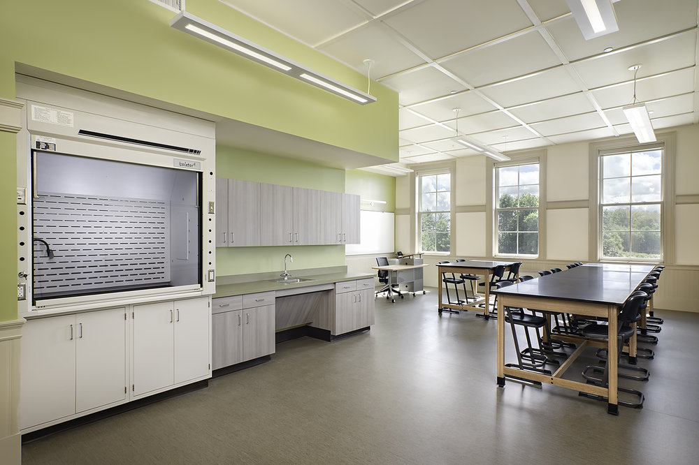 Paragraph 5 - New Lab at the Restored Charles E Moody School.jpg