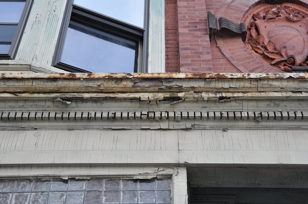 660 Congress - Paragraph 4 - StorefrontCornice.Before.jpg