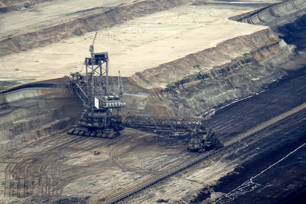 brown-coal-brown-coal-mining-bucket-wheel-excavators-532229.jpg
