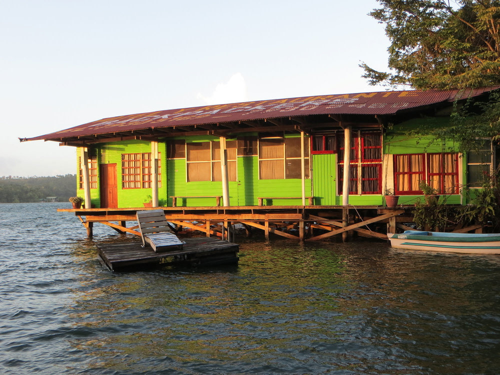 Casa Guatemala_Hotel Backpackers_Dock.jpg
