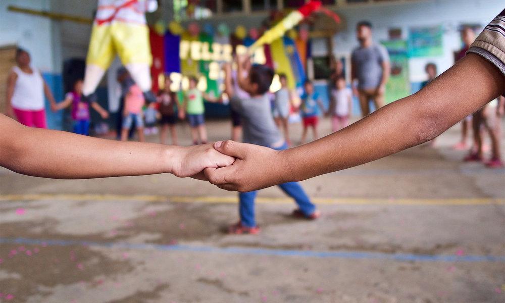 Casa-Guatemala_Kids-Holding-Hands.jpg
