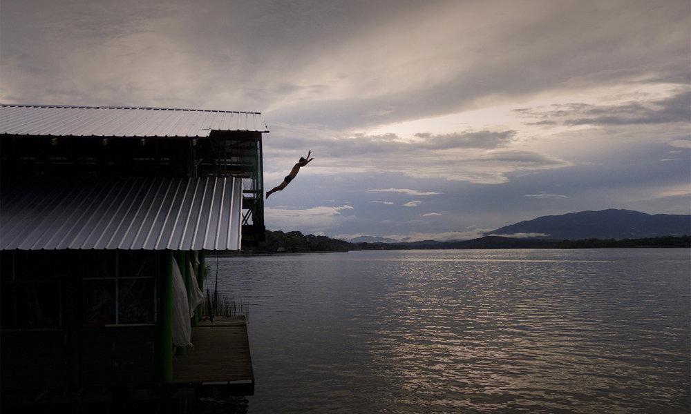 Casa-Guatemala_Diving-into-Water.jpg