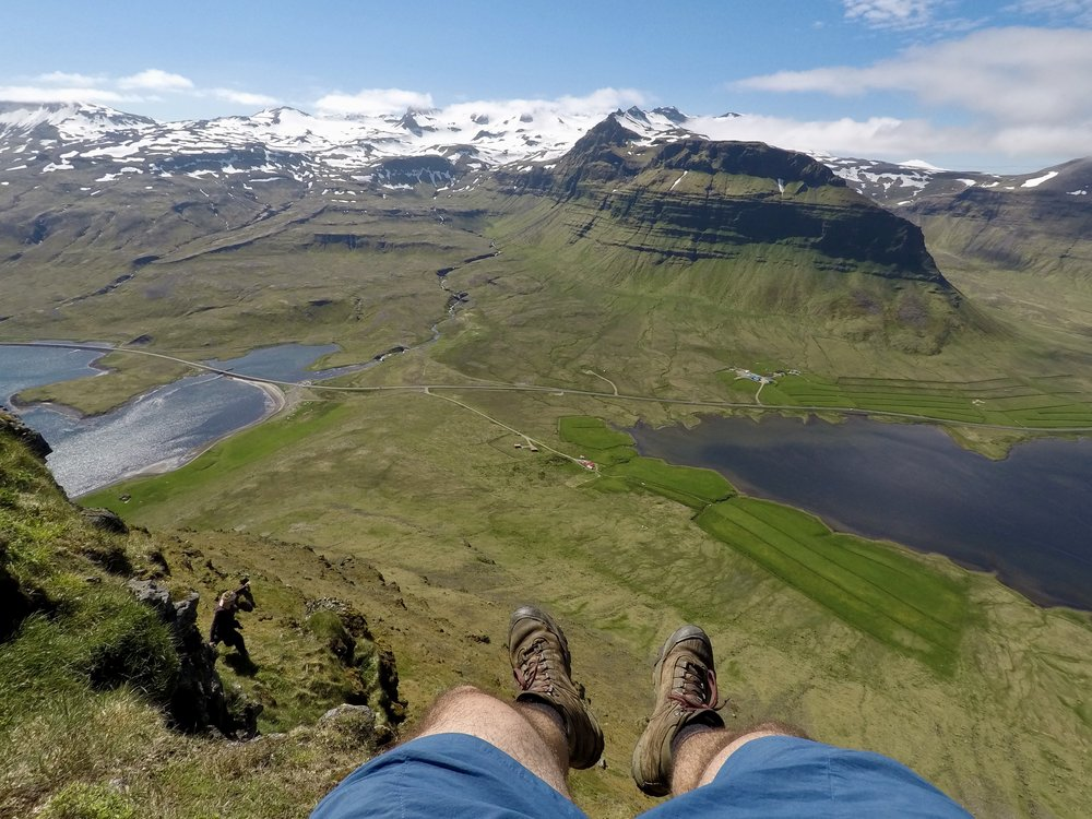 Eric's feet off a mountain - Eric's blog