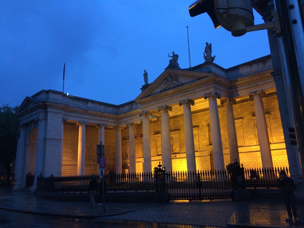 Ireland_Dublin_BankofIreland.jpg