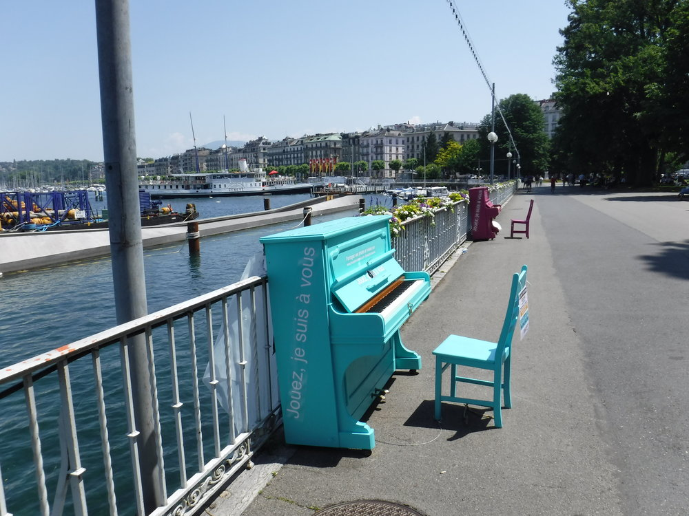 Switzerland_Geneva_Pianos.JPG