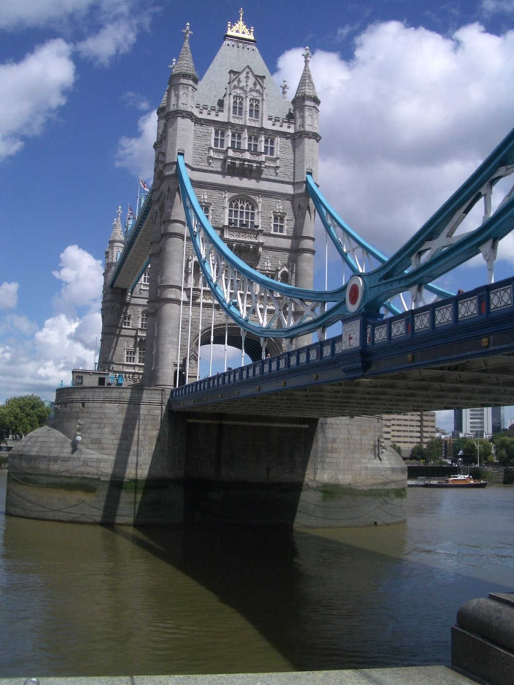 london_towerbridge2.JPG