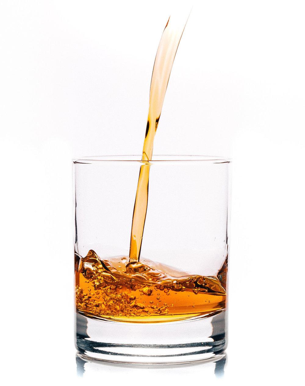 alcohol-933367_1920-2.jpg