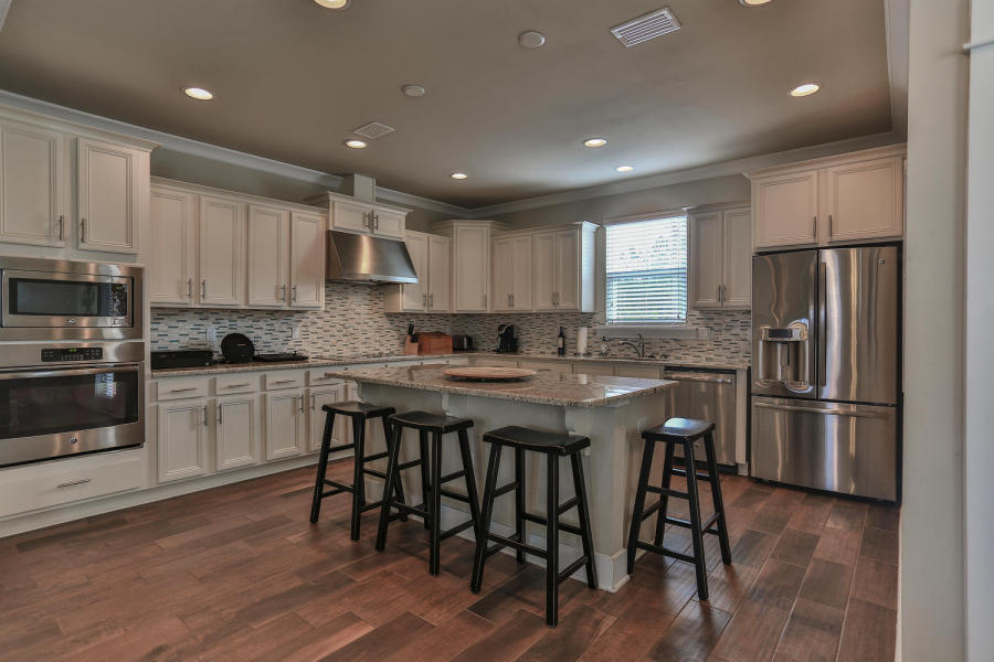 142 Montclair Kitchen 2.jpg